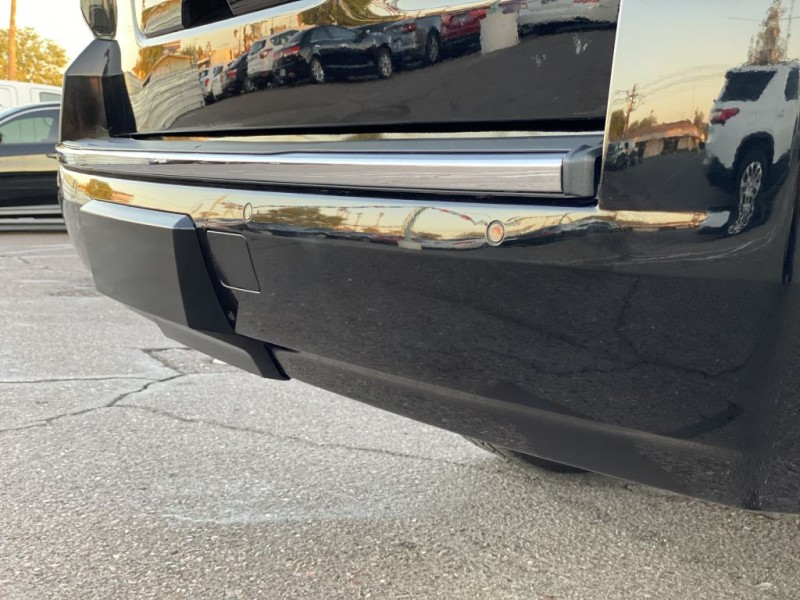 Chevrolet SUBURBAN 2018 price $31,999