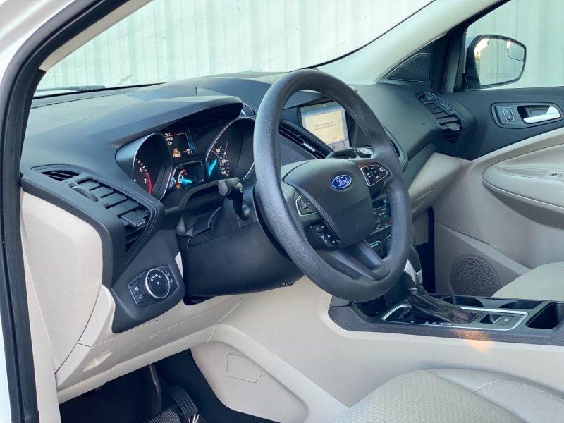 Ford ESCAPE 2019 price $13,999