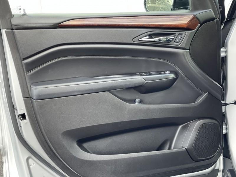 Cadillac SRX 2016 price $15,999