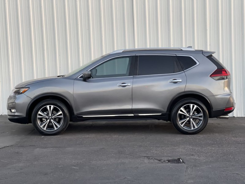 Nissan ROGUE 2018 price $16,800