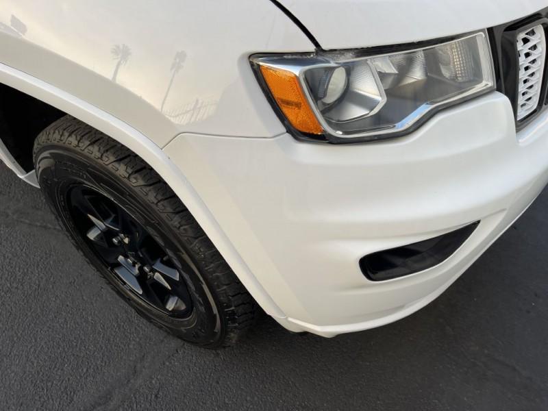 Jeep GRAND CHEROKEE 2017 price $18,500