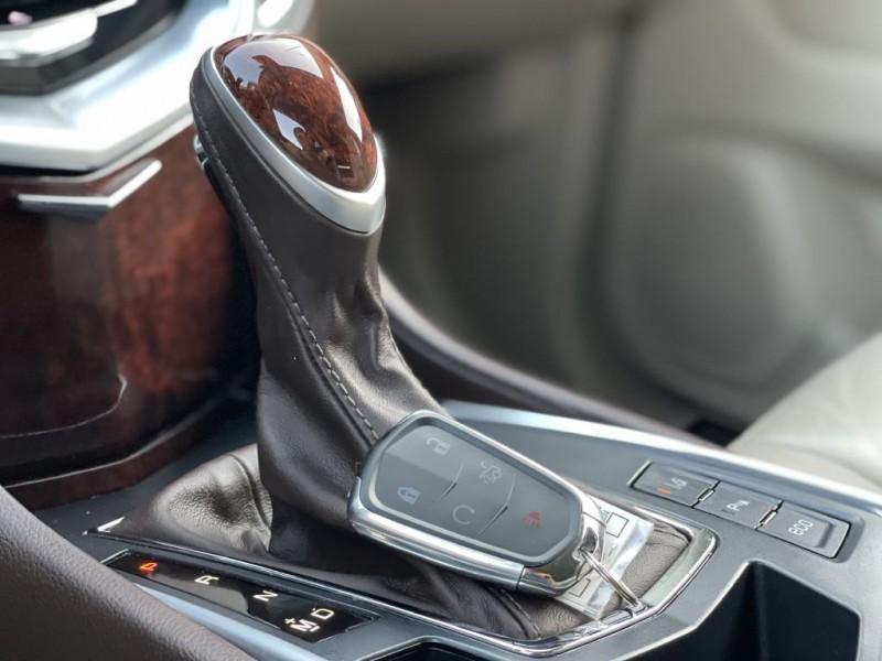 Cadillac SRX 2016 price $18,800