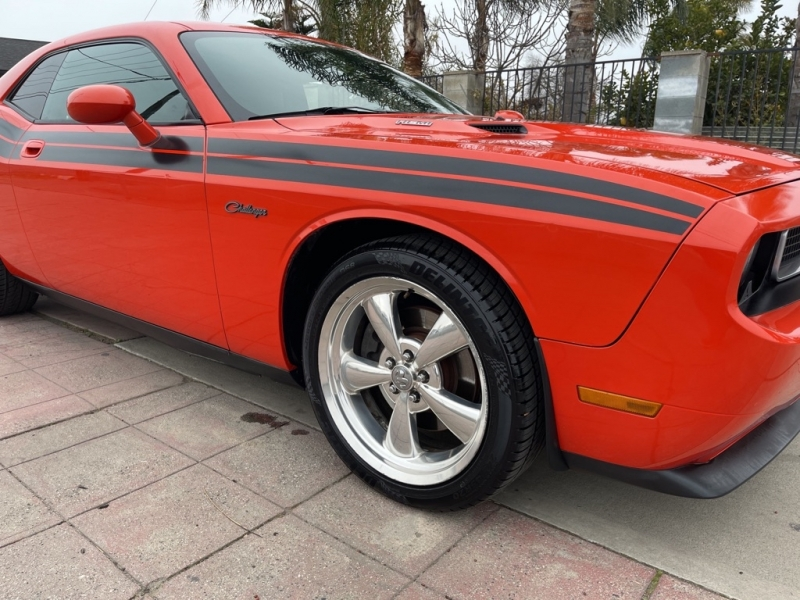 DODGE CHALLENGER 2010 price $14,999