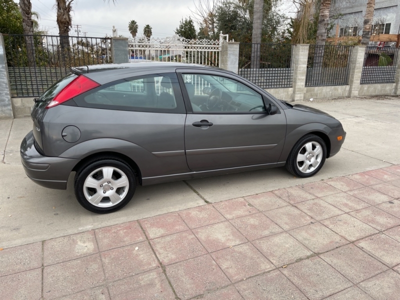FORD FOCUS 2005 price $4,999