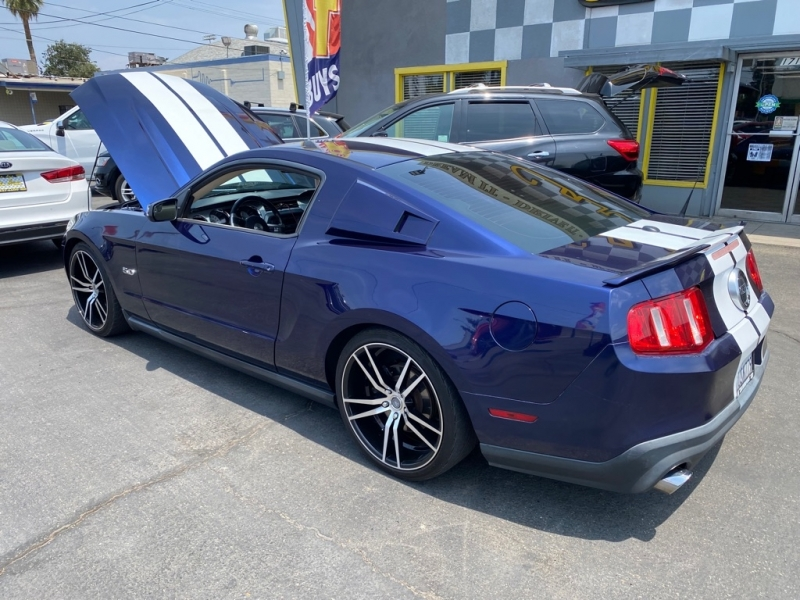 FORD MUSTANG 2011 price $16,499