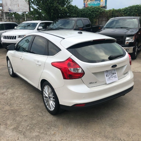 Ford Focus 2014 price $7,700