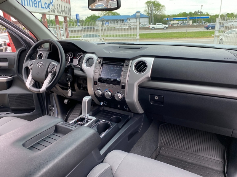 Toyota Tundra 2WD 2017 price $27,950