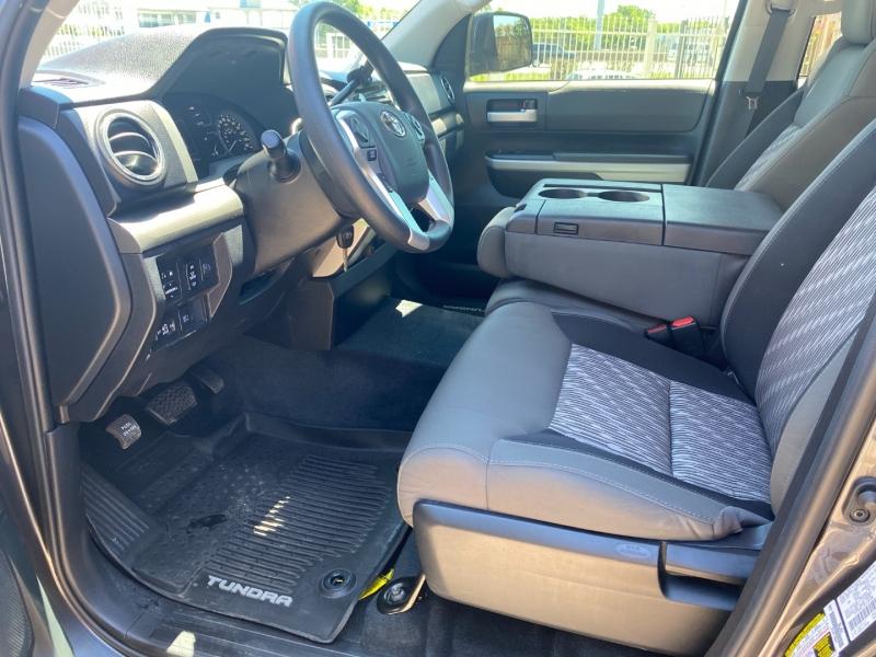 Toyota Tundra 2WD 2019 price $28,450