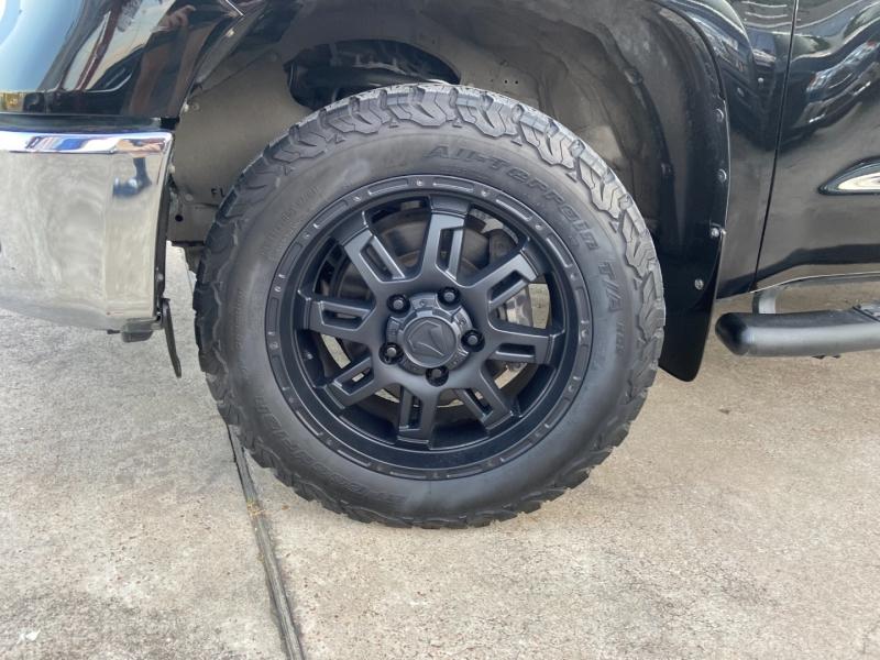 Toyota Tundra 2WD 2017 price $25,950