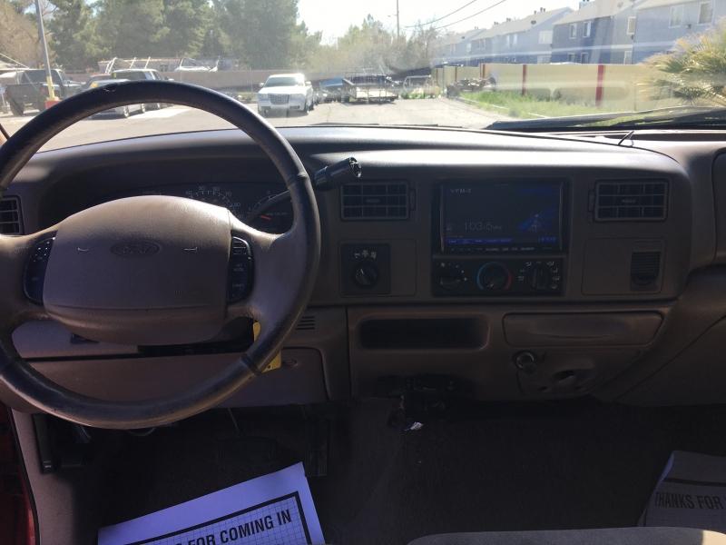 Ford Super Duty F-350 SRW 2001 price $11,995