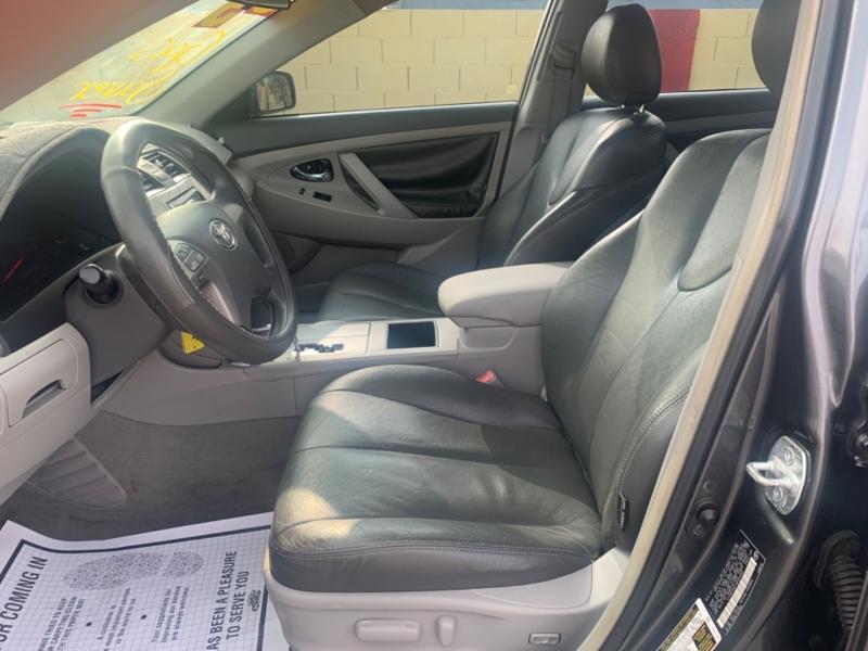 Toyota Camry 2009 price $6,995 Cash