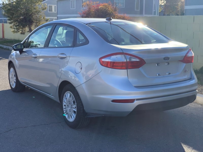 Ford Fiesta 2015 price $8,295 Cash