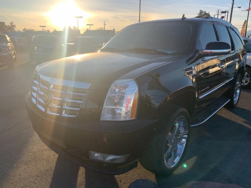 Cadillac Escalade 2007 price $14,695