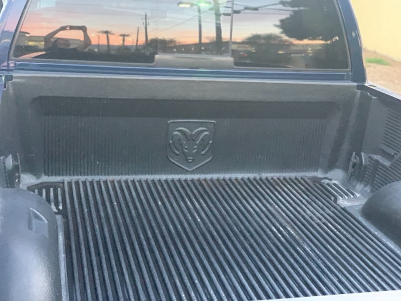 Dodge Ram 1500 2004 price $7,995