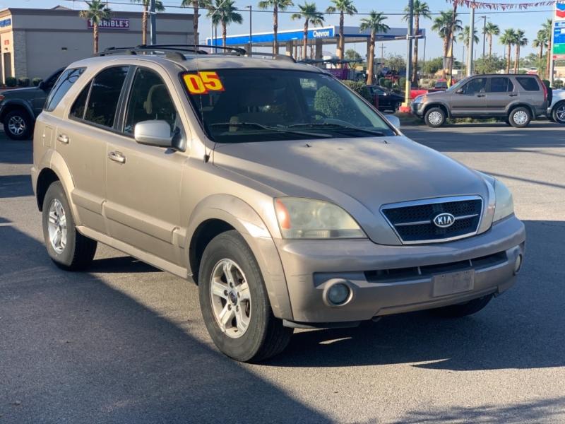 Kia Sorento 2005 price $5,595