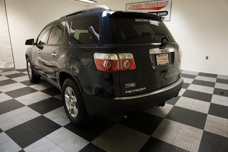 GMC Acadia AWD 2009 price $6,495