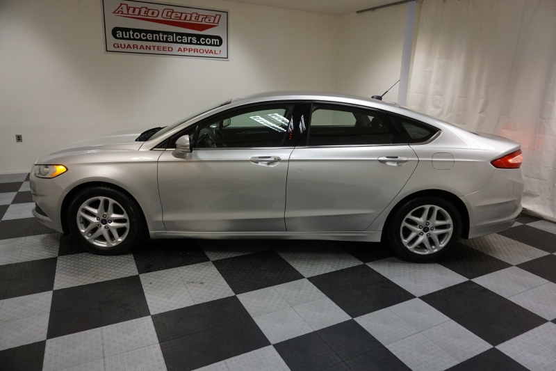 Ford Fusion 2016 price $8,995