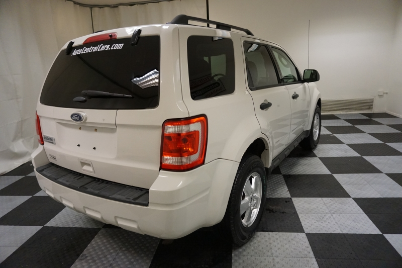 Ford Escape 2011 price $6,888