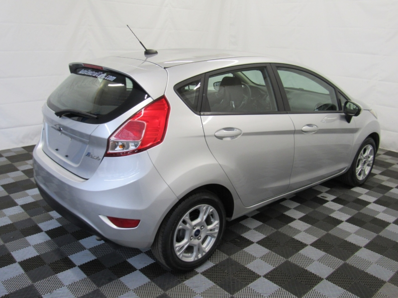 Ford Fiesta 2016 price $7,888