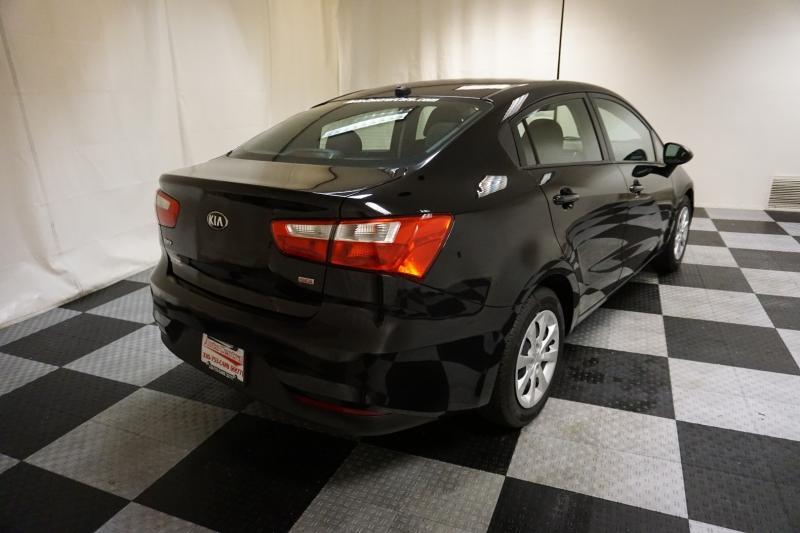 Kia Rio 2017 price $7,995