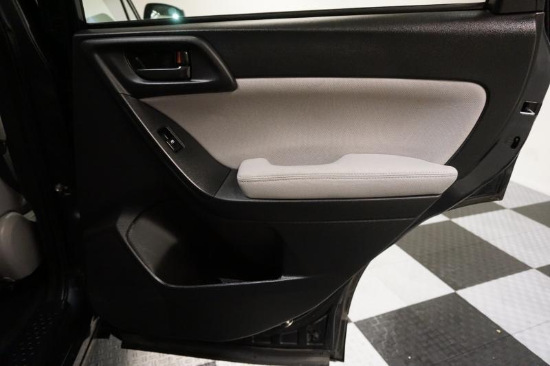 Subaru Forester 2014 price $10,995