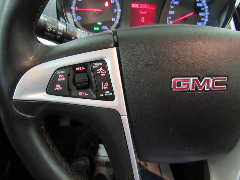 GMC Terrain 2015 price $10,995
