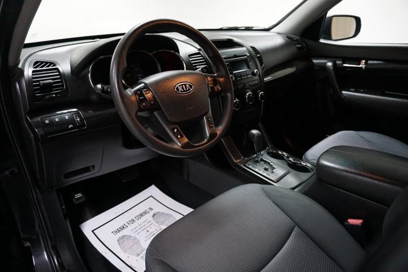 Kia Sorento 2012 price $7,522