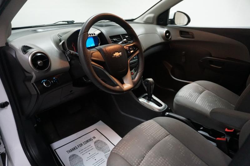 Chevrolet Sonic 2016 price $7,995