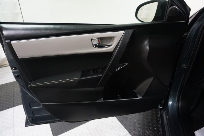Toyota Corolla 2019 price $14,995