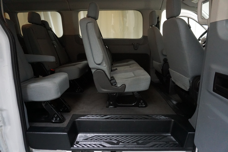 Ford Transit Wagon 2015 price $17,995