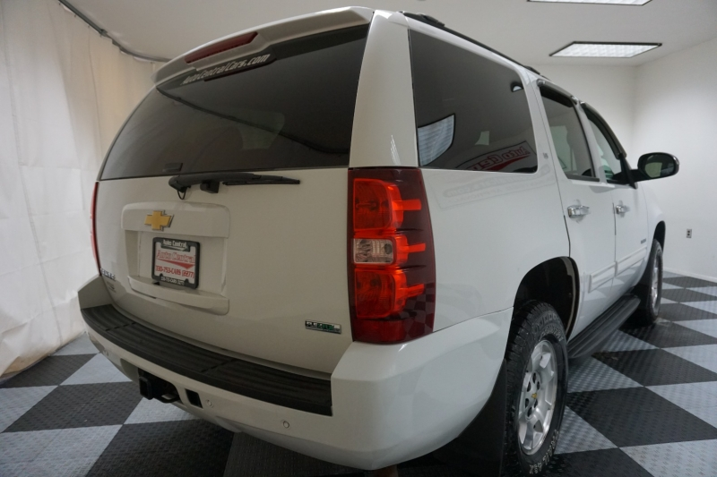 Chevrolet Tahoe 2011 price $15,995