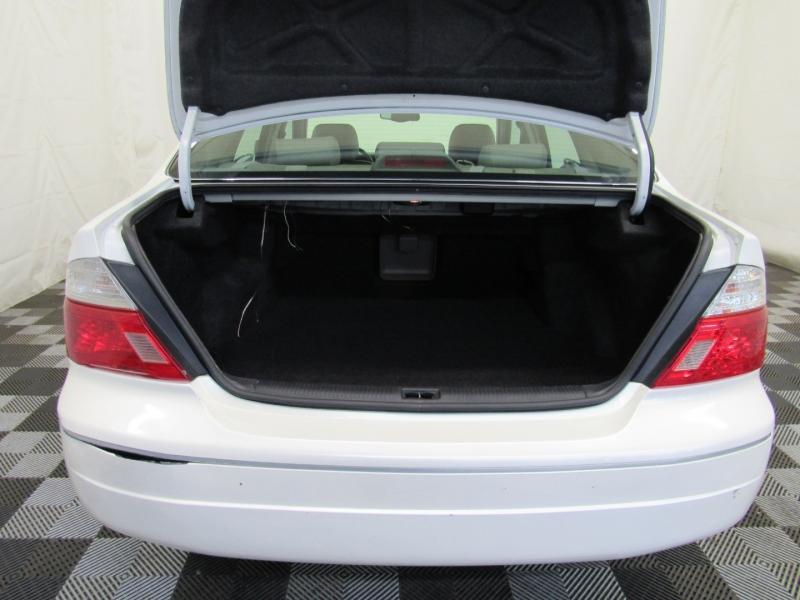Toyota Avalon 2003 price $3,295