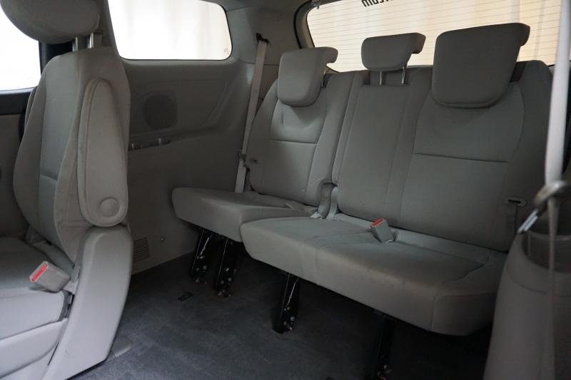 Kia Sedona 2015 price $10,995