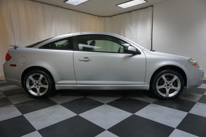 Pontiac G5 2009 price $4,995