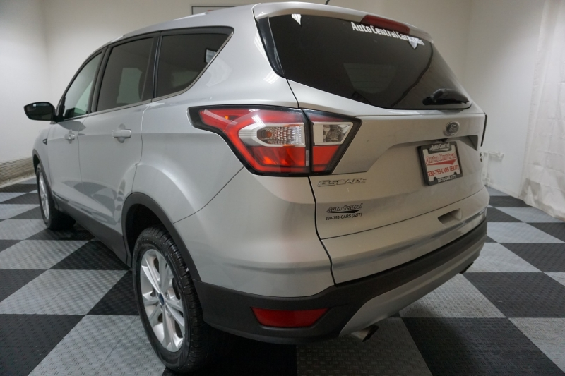 Ford Escape 2017 price $12,995