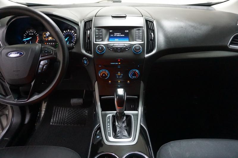 Ford Edge 2016 price $13,995