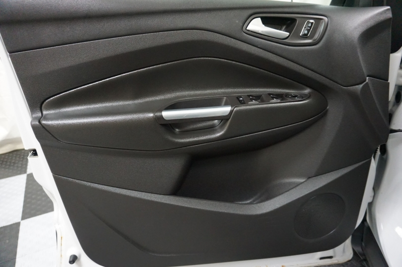 Ford Escape 2013 price $10,727