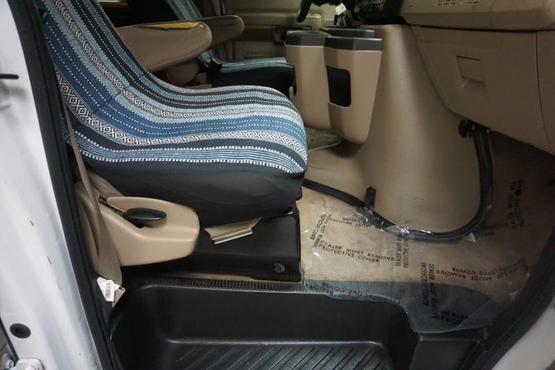Ford Econoline Wagon 2012 price $9,995