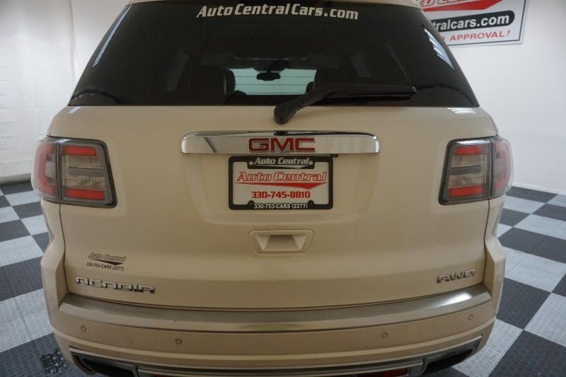 GMC Acadia 2013 price $15,995
