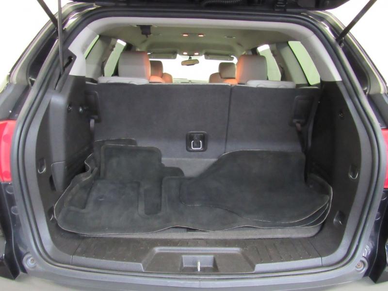 Chevrolet Traverse 2012 price $11,995