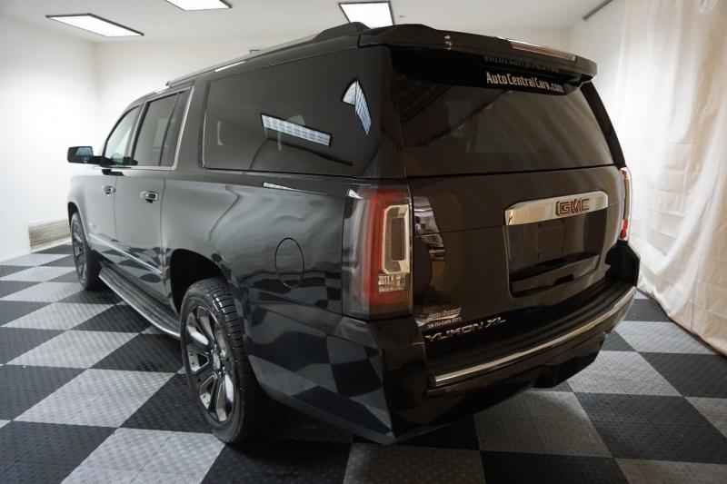 GMC Yukon XL 2015 price $29,995