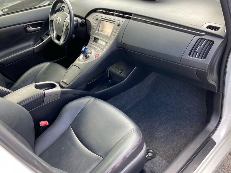 Toyota Prius 2013 price $9,498