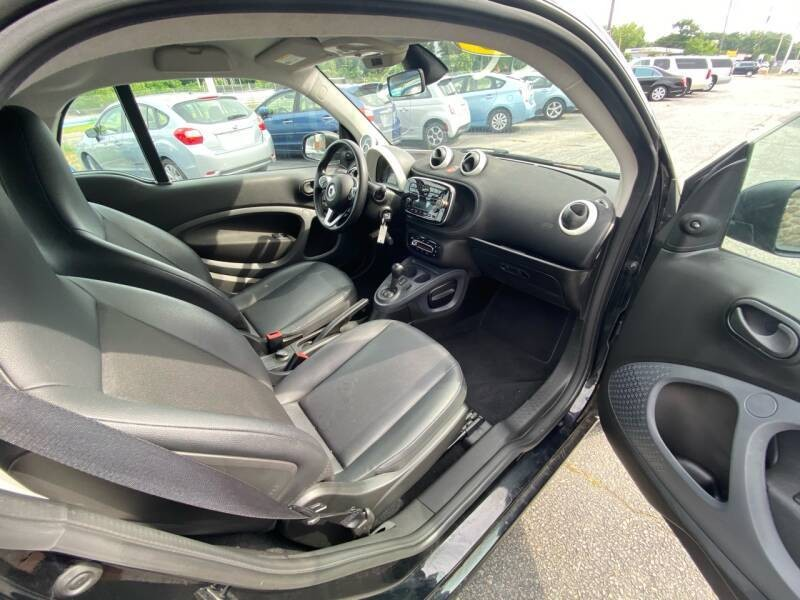 Smart fortwo 2016 price $8,498