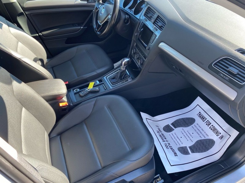 Volkswagen e-Golf 2015 price $12,998