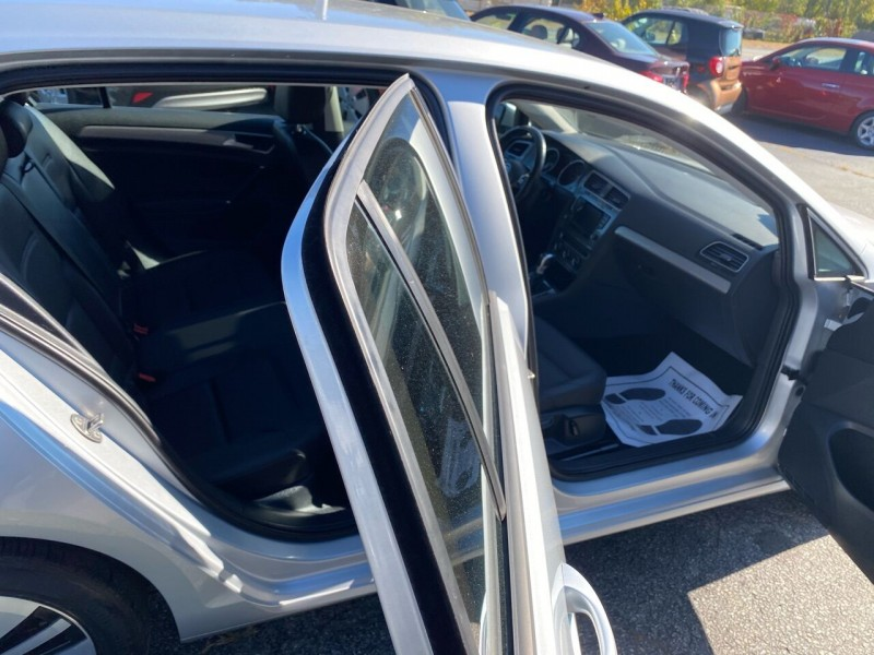 Volkswagen e-Golf 2015 price $11,498