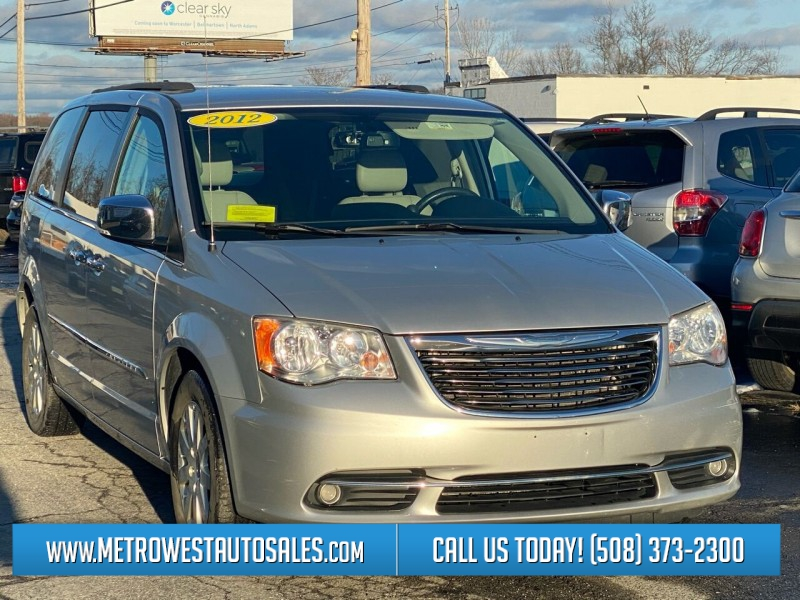Chrysler Town and Country 2012 price $9,498