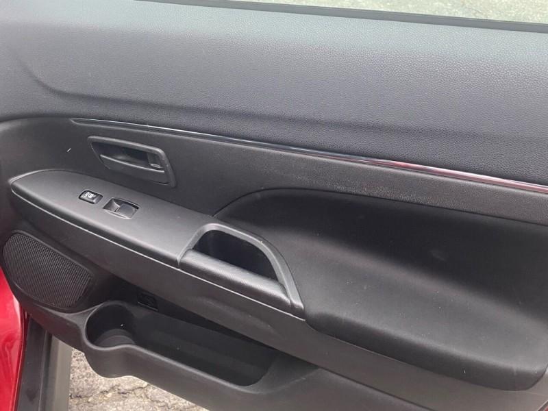Mitsubishi Outlander Sport 2015 price $9,998