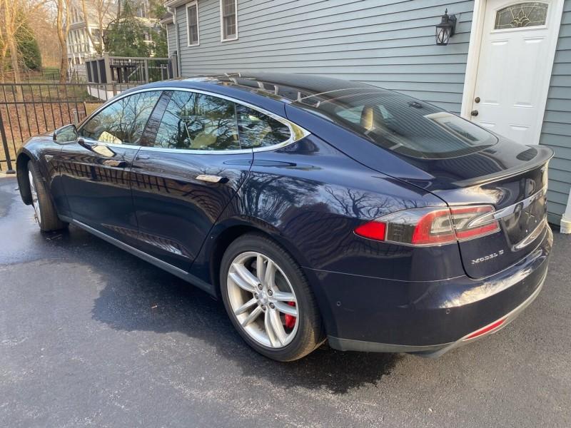 Tesla Model S 2015 price $49,998