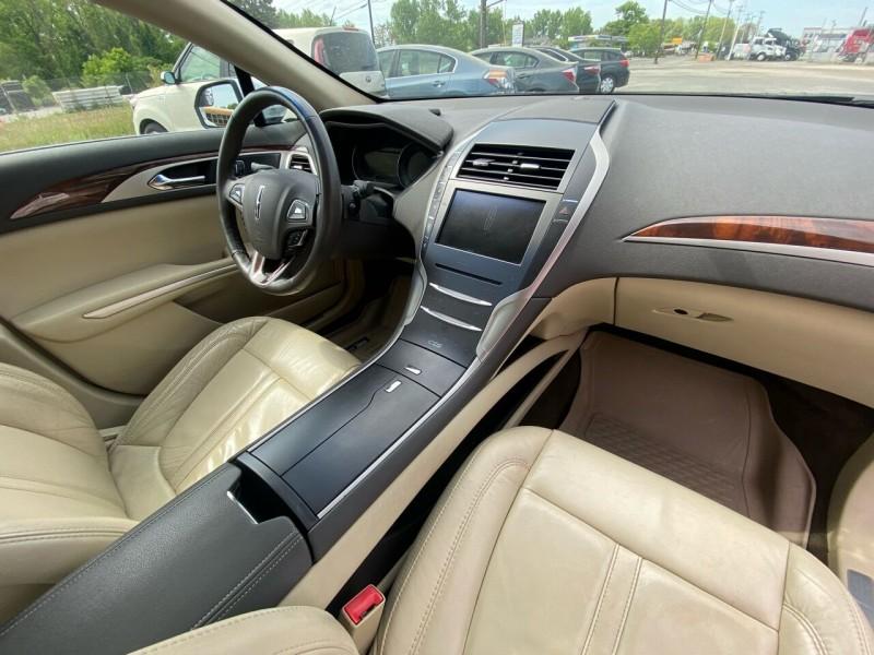 Lincoln MKZ 2014 price $11,998