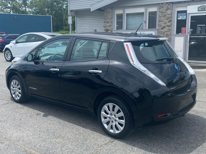Nissan LEAF 2015 price $10,998